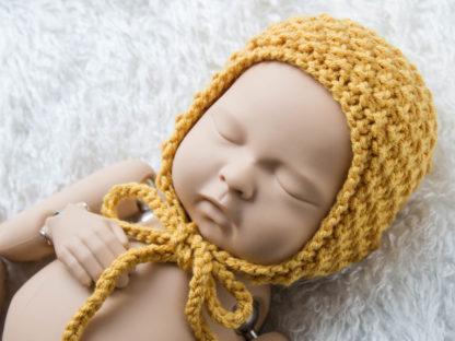 Miodowa klasyczna czapeczka bonetka dla noworodka, podwójny ryż
